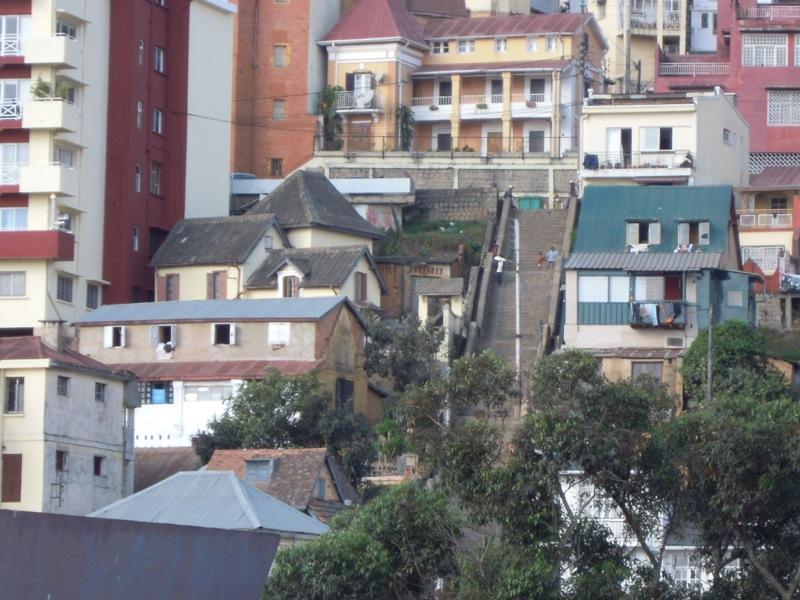Madagascar - Le strade ripide di Tana