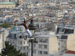 In volo su Parigi