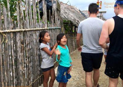 Kuna's village - girls - San Blas Islands, Panama