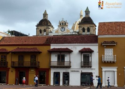 Square in the old city - Cartagena, Colombia