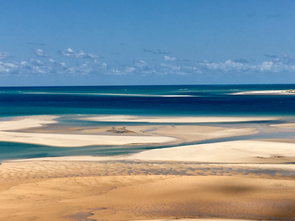 Bazaruto Tide - Tofo and Vilanculos, The beaches of Mozambique