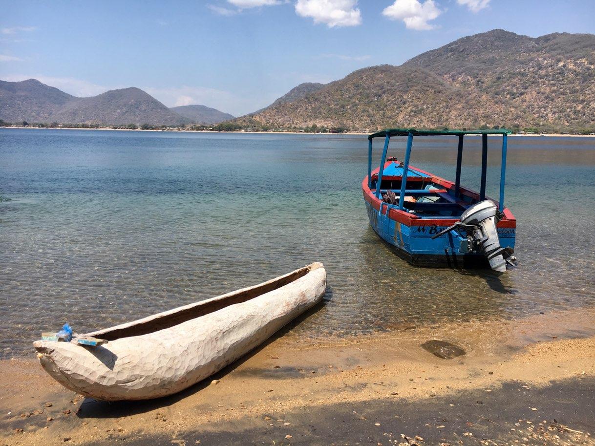 Canoe and Boat Lake Malawi - Zambia Malawi Mozambico 2018
